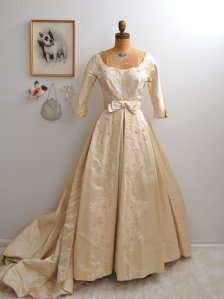 1950s Antoinette gown from Etsy seller Bohemian Bisoux