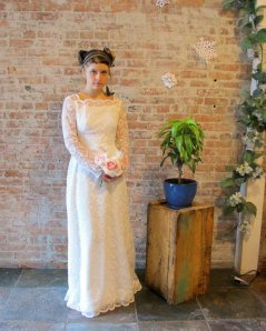 $275 vintage wedding gown from Etsy store, State and Main Vintage